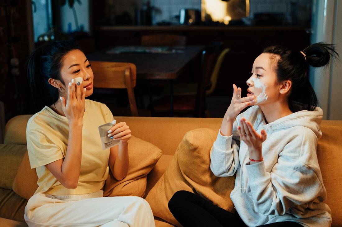 Des idées de recette de gommage visage maison à faire soi-même